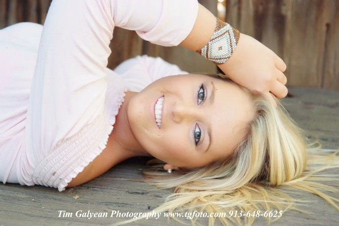 Kansas City Overland Park senior pictures Shawnee Mission Blue Valley